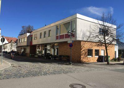 Beste Innenstadtlage – 2 gut vermietete Wohnhäuser + 2 Gewerbeflächen + TG in Hersbruck