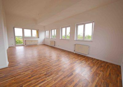 *Verkauft* – Ein Traum im Dach !  Penthouse mit Balkon und Dachterrasse – der Ausblick: traumhaft
